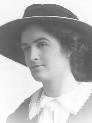 deCrespigny Beatrix 1905 abt nee Hughes