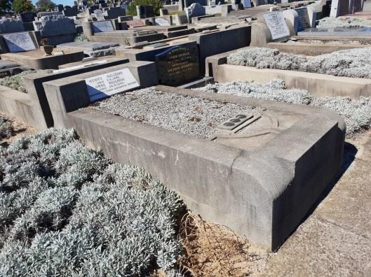 Sullivan grave Cheltenham Cemetery 30 51 N 20180407_114346