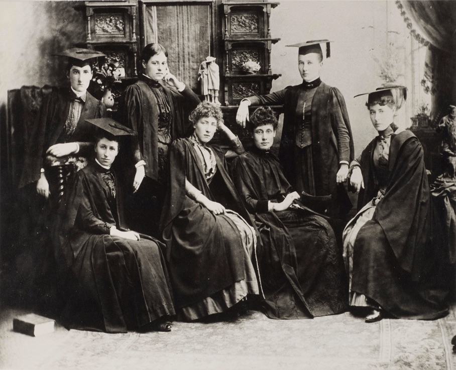Women-Medical-Students 1887