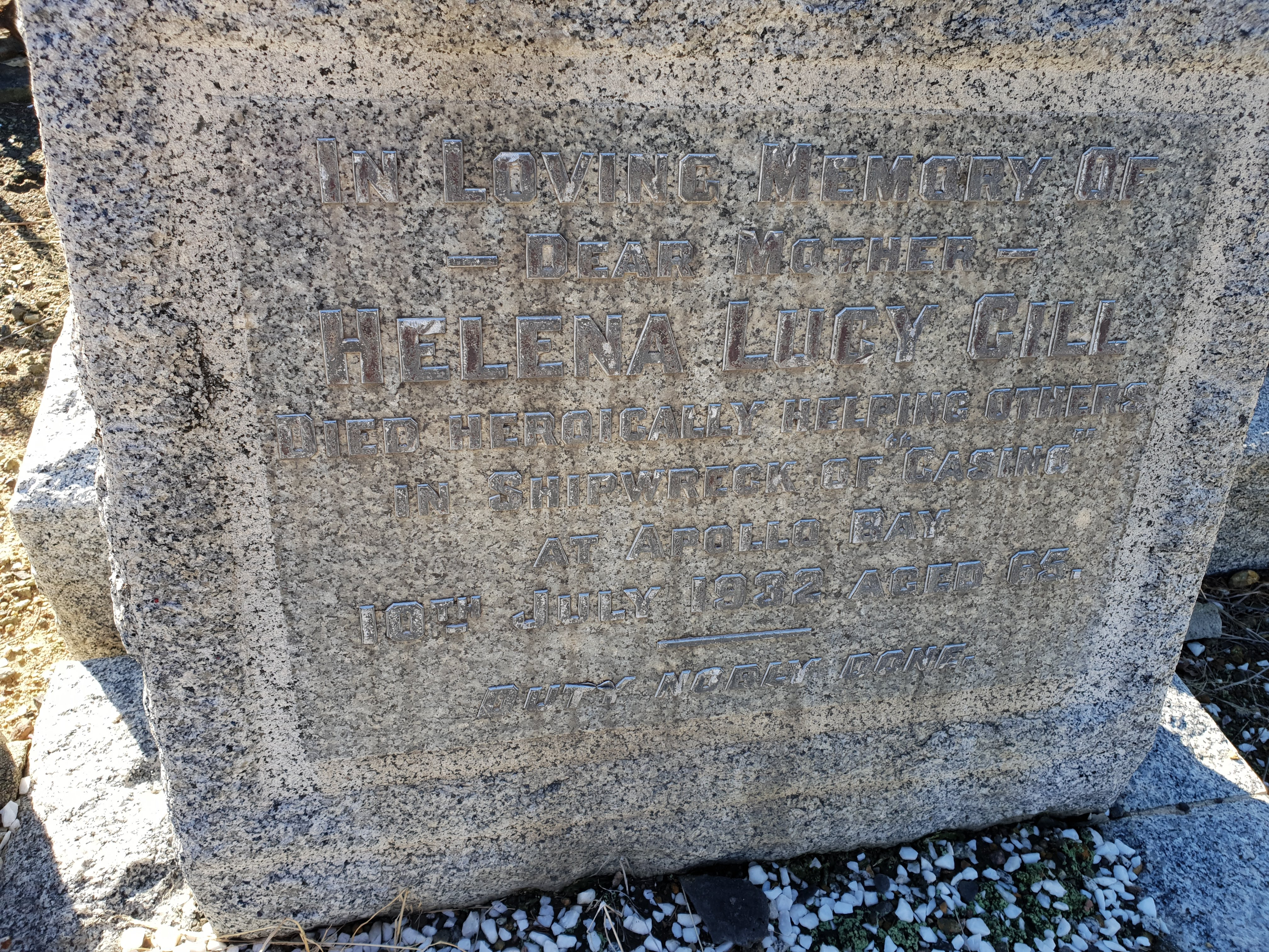 Gill Lucy headstone 20180606_134536