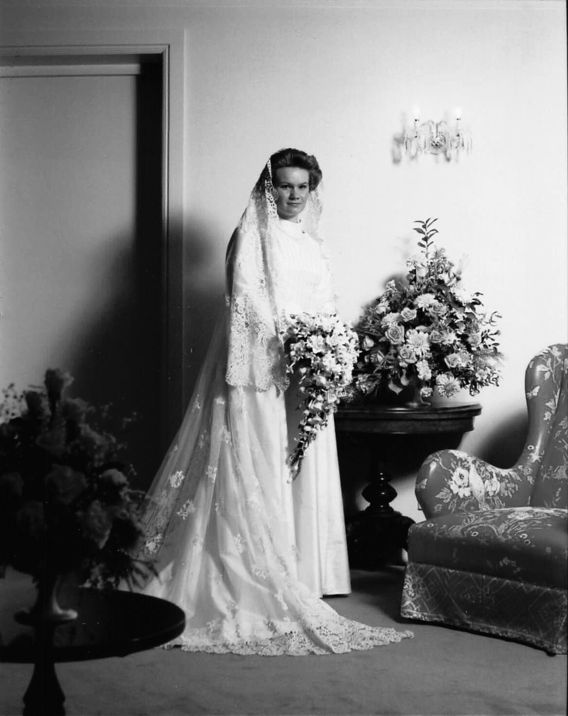 Anne wedding 1984 with veil