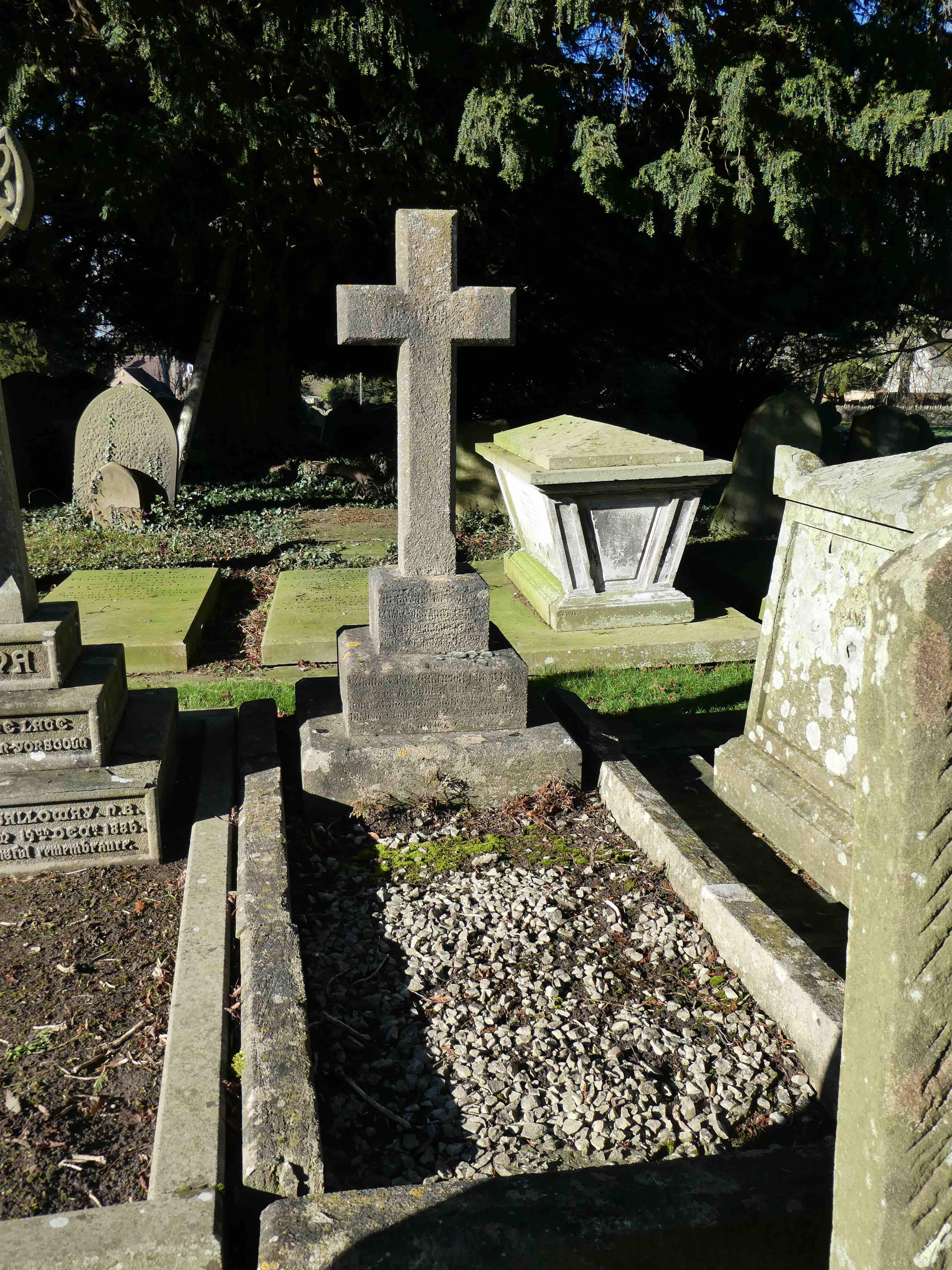 2017 7 Feb r L164 Crespigny Tomb, Leckhampton, Glos P1010691
