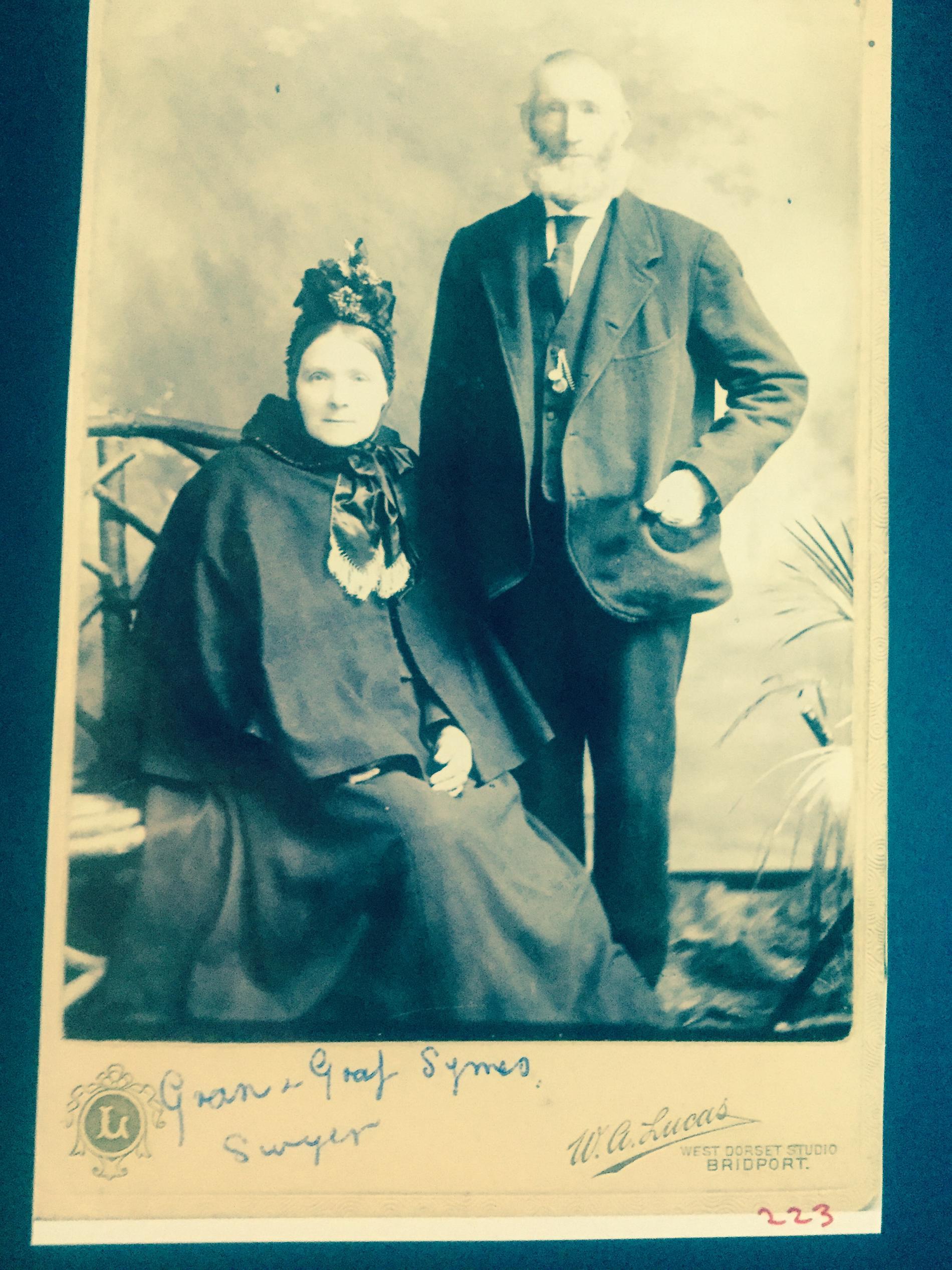 Symes Daniel and Sarah