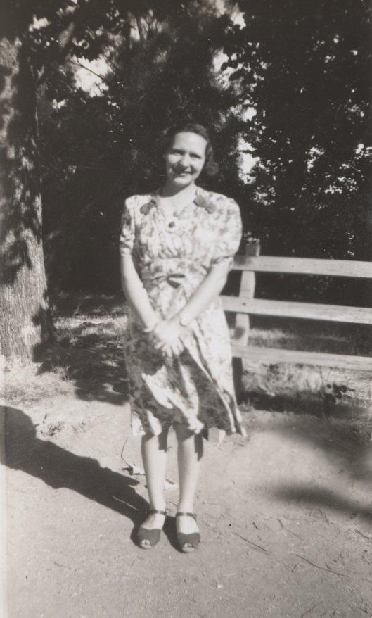 Bendigo Gardens 1940s Violet