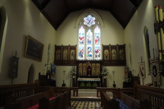 St Peters Glenelg altar 20191030