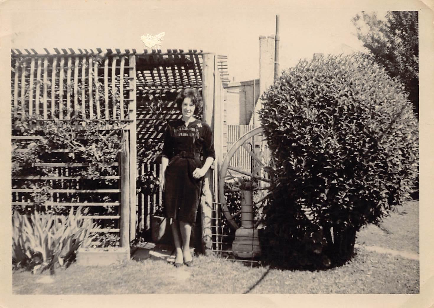 Hovell Street Marjorie bush house