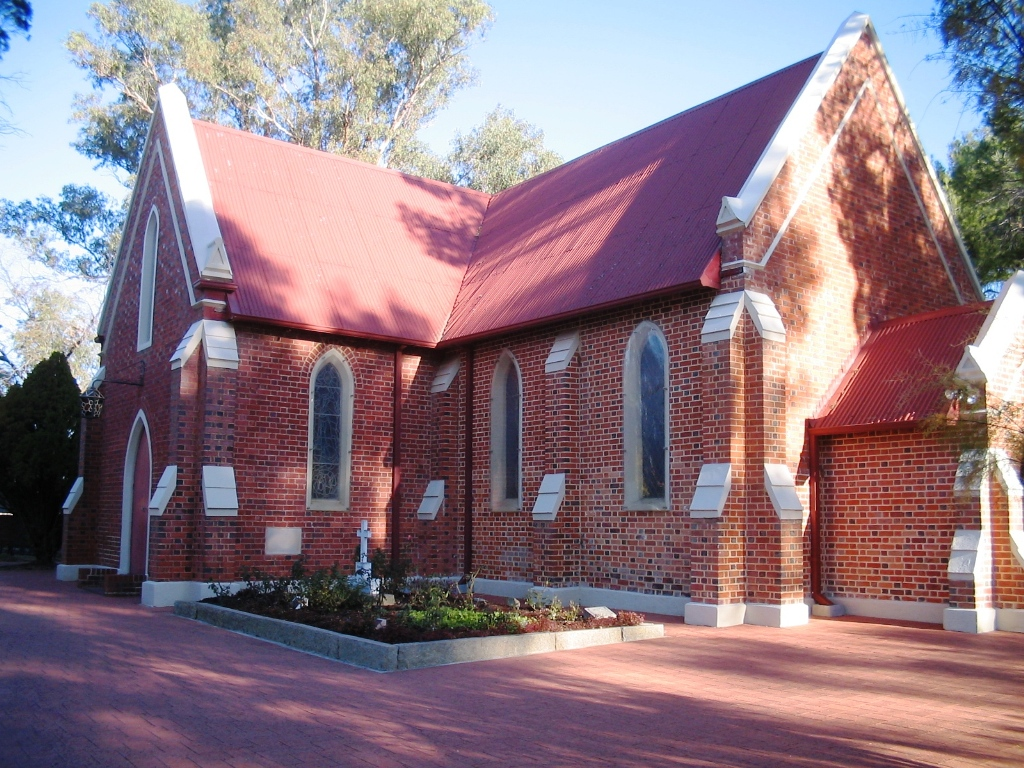 St._Mary's_Church,_Middle_Swan