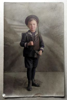 Hans Boltz as a child, photo colourised using the MyHeritage photo colourisation tool