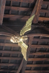 Hammer beam roof angel