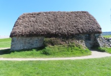 Culloden battlefield : thatched roofed farmhouse of Leanach which stands today dates from about 1760; however, it stands on the same location as the turf-walled cottage that probably served as a field hospital for government troops following the battle